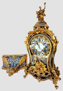 Cartel XVIIIe aux bronzes dorés